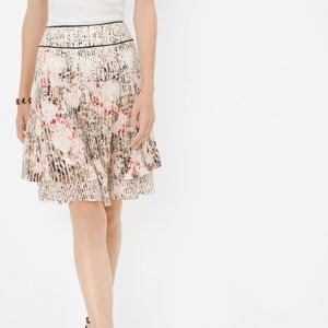 NWT WHBM Airy Floral Printed Tiered Skirt- Size 6